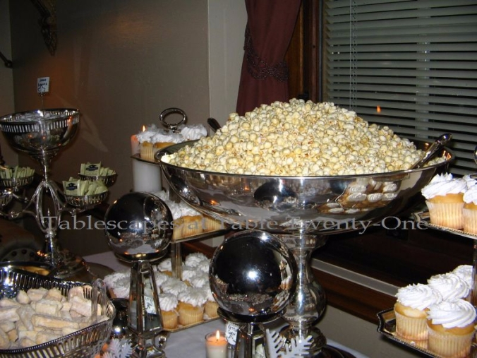 Premiere centerpiece buffet WM
