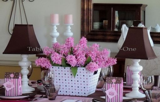 It's All About Me! – Tablescapes at Table Twenty-One: Full centerpiece in pink, brown & white