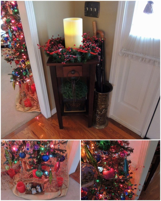 Tablescapes at Table Twenty-One, 'Twas the Night Before Christmas: Dining room tree and into hallway