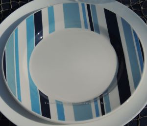 INSPIRATION: A set of 4 striped Pier 1 plates found at a thrift store.