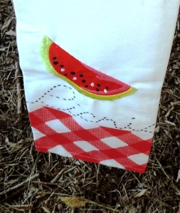 INSPIRATION: A tea towel/napkin with all the fun & whimsical elements of a summer picnic.