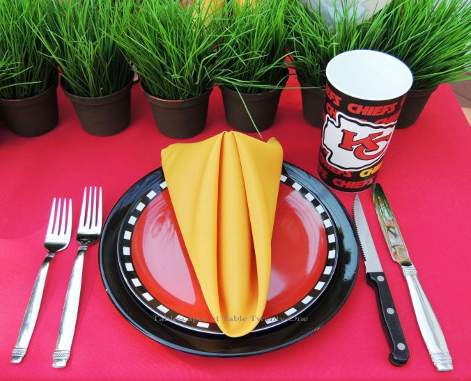 Tablescapes at Table Twenty-One, www.tabletwentyone.wordpress.com, Chiefs Pride: Place setting