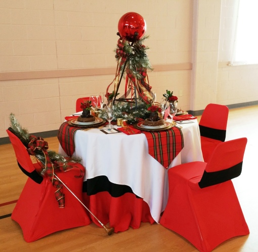 Alycia Nichols, Tablescapes at Table Twenty-One, www.tabletwentyone.wordpress.com, Tartan On the Tee – A Creekmoor Christmas: golf-themed tablescape for Christmas that goes back to golf's Scottish roots