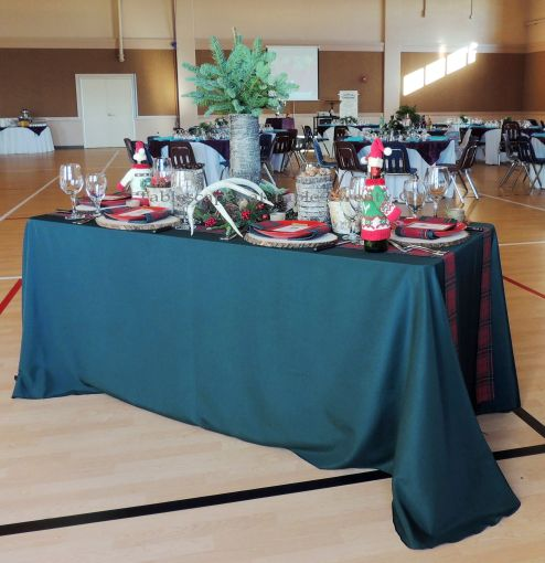 """Alycia Nichols, Tablescapes at Table Twenty-One, www.tabletwentyone.wordpress.com, """"Christmas in the Woods"""":  Christmas tablescape with natural elements"""