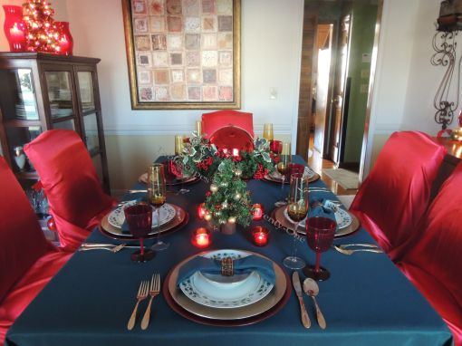 """Alycia Nichols, Tablescapes at Table Twenty-One, www.tabletwentyone.wordpress.com, """"Old-Fashioned Red & Green Christmas"""":  Tablescape in traditional red & green"""