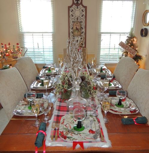 Pleasing Tablescapes At Table 21 Tablescape Ideas And Designs To Complete Home Design Collection Epsylindsey Bellcom